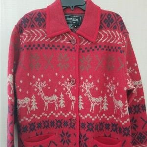 Bernardo Essentials Womens Medium Red Christmas